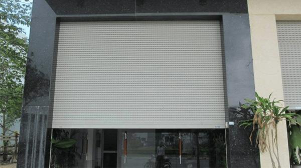 Đặc điểm của cửa cuốn nhôm
